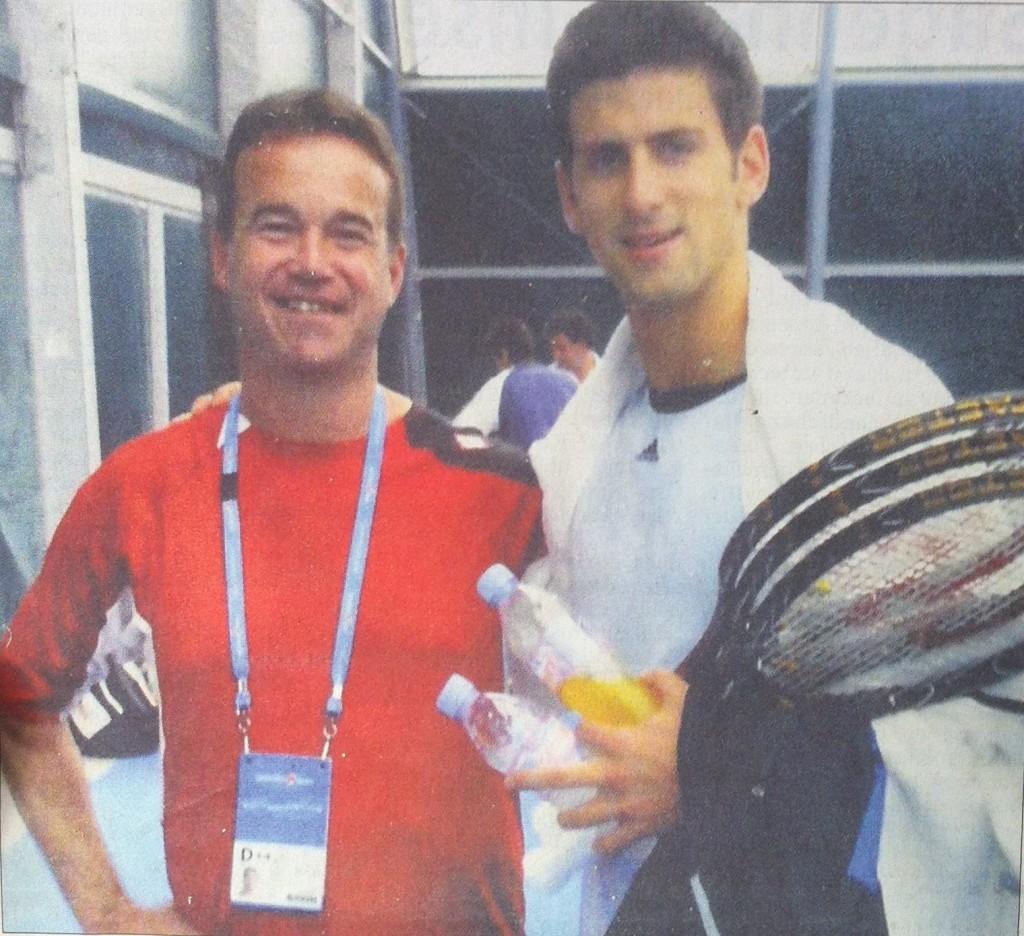 Roman Polak (links) hier mit dem Tennisstar Novak Djokovic bei den Australian Open