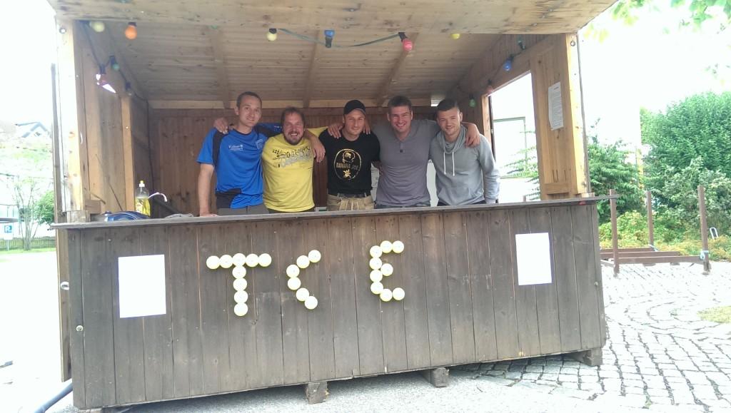 Die Saisonmeister mit Christian Langl, Mark Ebinger, Seppi Grießl, Matthias Barhainski und Patrick Fanger (v.l.; nicht im Bild Max Jaworek)